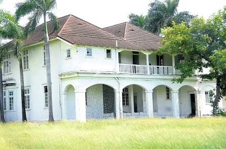 Battle for an old historic jamaican building repeating for Building a house in jamaica