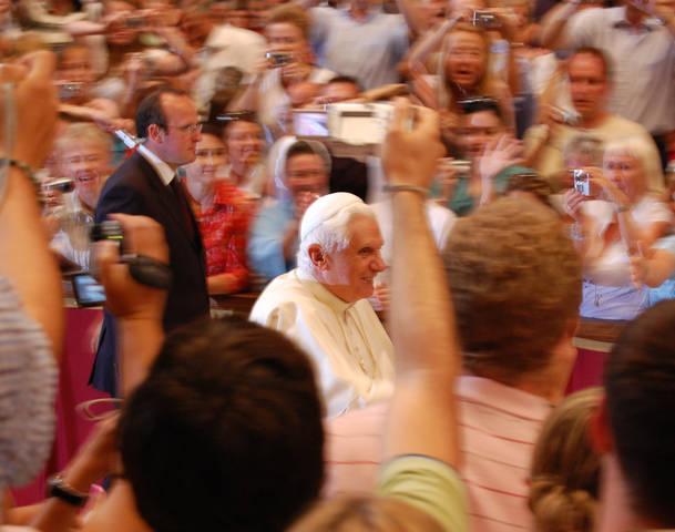 92377532-pope-benedict