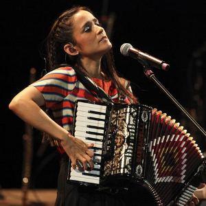 Julieta-Venegas-en-Cuba