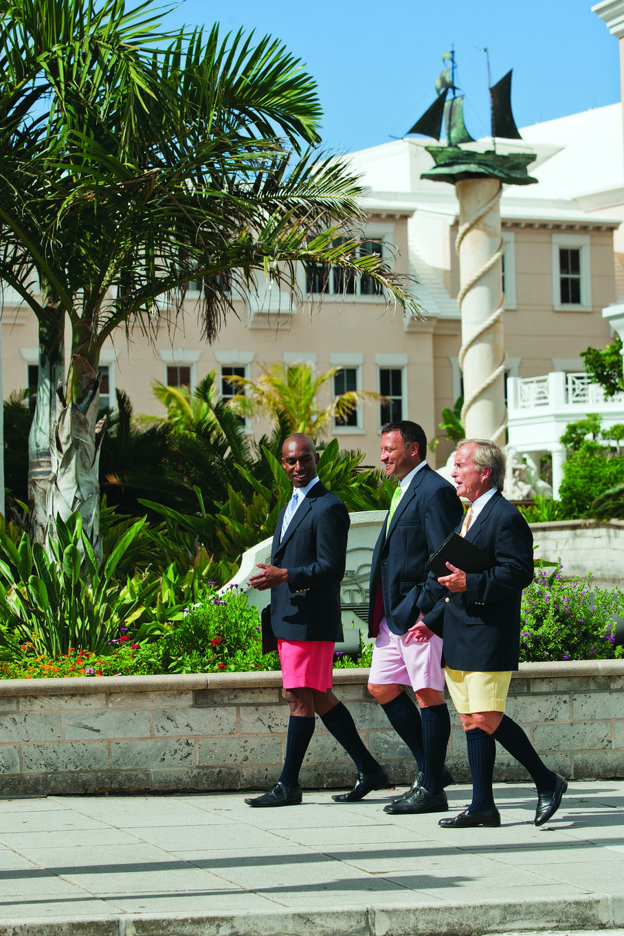 Bermuda In Short Pretty In Pink Repeating Islands