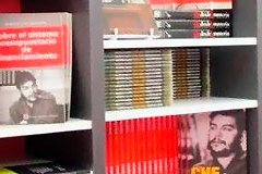 libreria-ocean-chile_jpg_240x160_q85_crop_subject_location-366,77_upscale