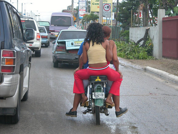 dominican_traffic_galleryfull