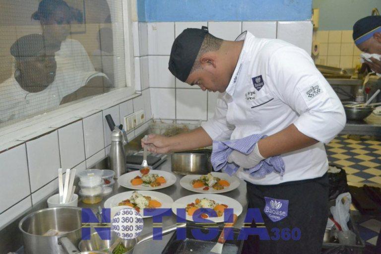 Senior-Chef-Participant