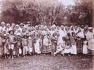 ASIAN ARRIVANTS group