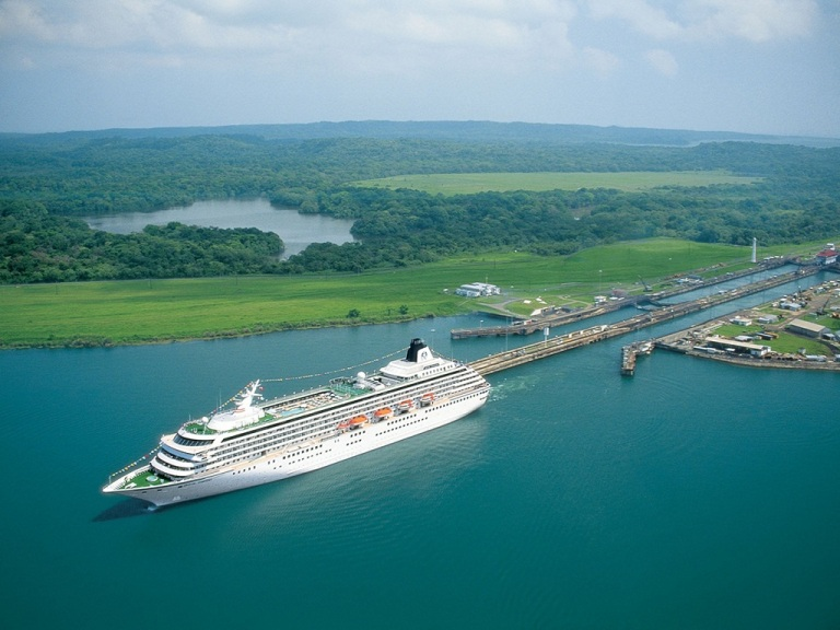 Panama Canal 11