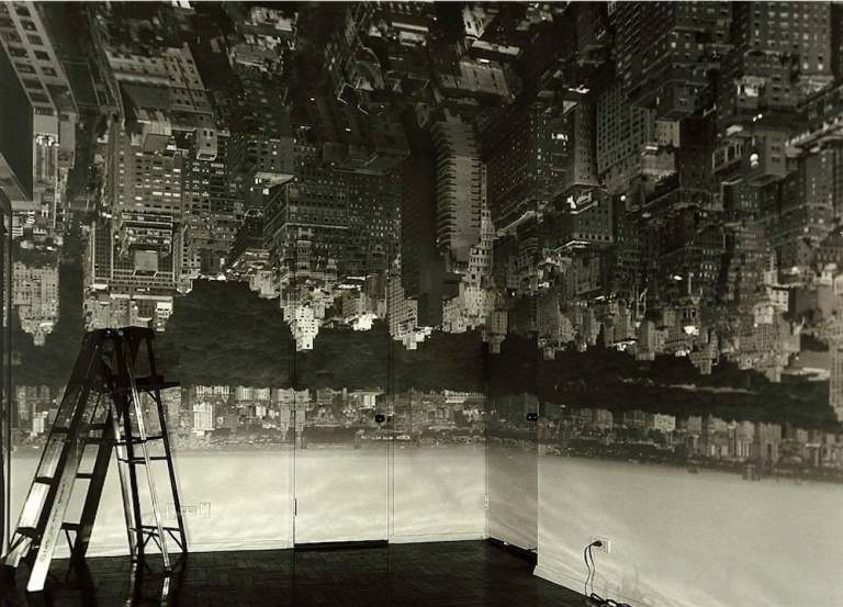 Abelardo Morell, Camera Obscura Image of Manhattan View Looking West in Empty Room, 1996  Courtesy Smithsonian American Art Museum