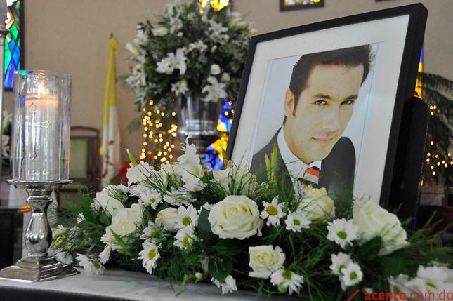 Misa de cuerpo presente por la muerte del periodista Claudio Nas