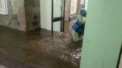 SVG-Milton-Cata-Hospital-Flooded-Courtesy-SVG-TV