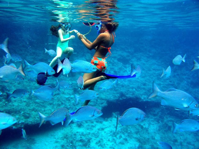 clearest-waters-to-swim-in-before-you-die-18