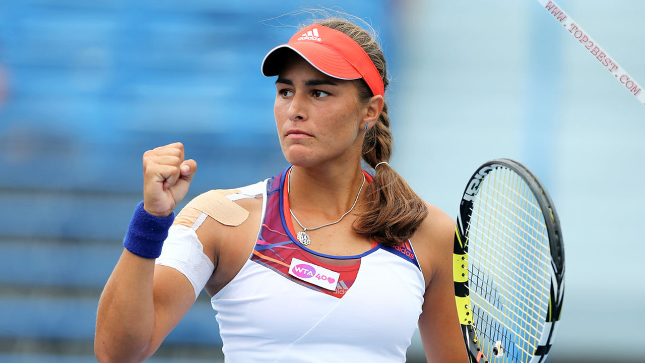 how tall is monica puig