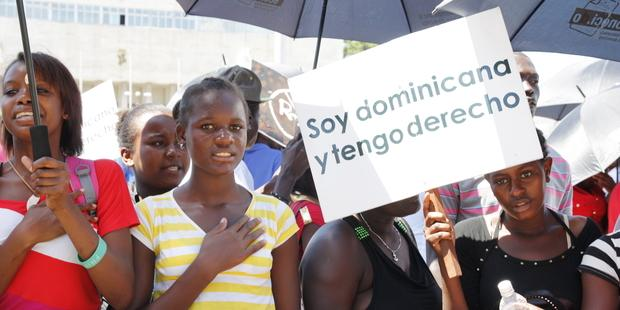 Dominicans_of_Haitian_descent_demonstrating_for_their_rights%20(2)