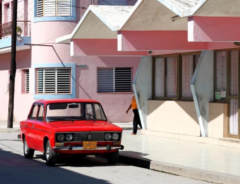 Lada-Cuba-2010b