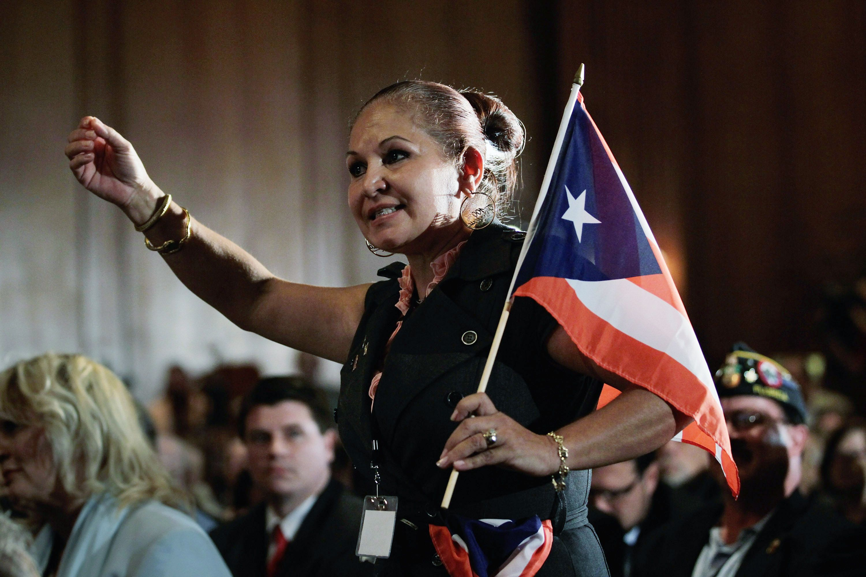 Some 73% of Latinos Favor Renewing Relations with Cuba, Survey Says