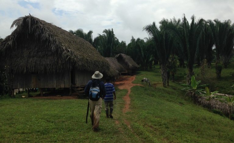 alfonso_cal_walks_2_hours_to_speak_to_villagers_on_land_rights