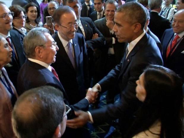 Obama-Castro-AFP