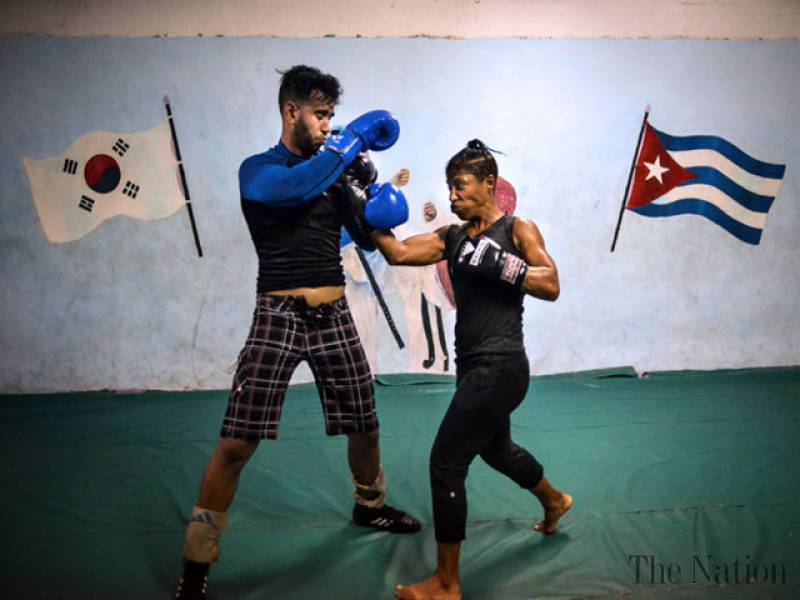 in-cuba-woman-boxer-fights-to-get-into-ring-1437779093-6919