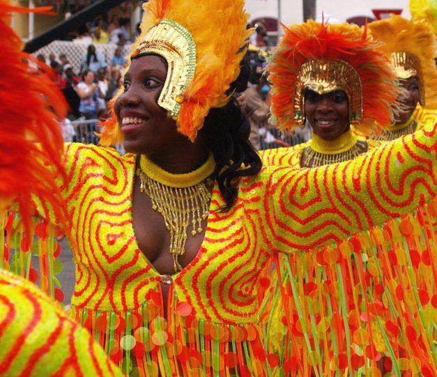 caribbean_ritual_dancers_st_thomas_carnival