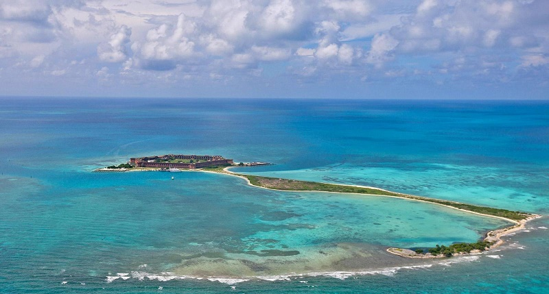EYDWWR Aerial view of Long Key, Bush Key and Fort Jefferson on Garden Key, Dry Tortugas National Park, Florida, United States of America