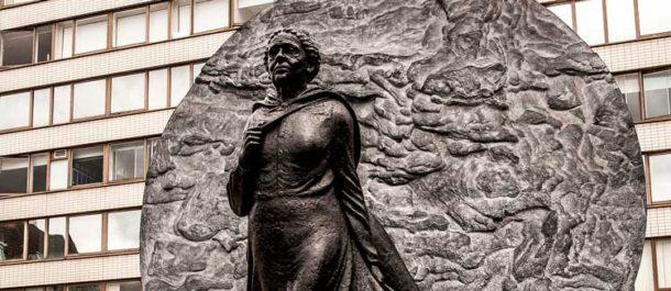 Mary_Seacole_statue_G8YRC7_LANDSCAPE_500-610x265