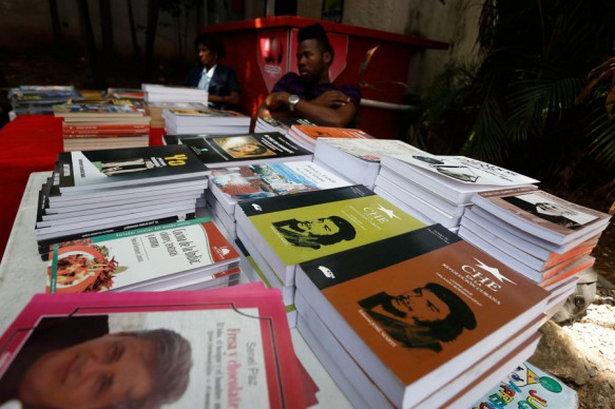 2016-0808-ccu-investigadoras-preven-cambios-economicos-en-las-editoriales-cubanas