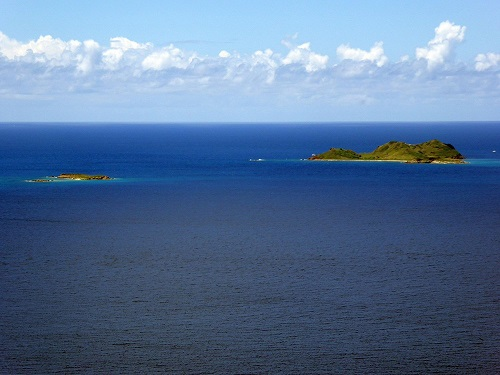 Flat-key-and-Saba-Island