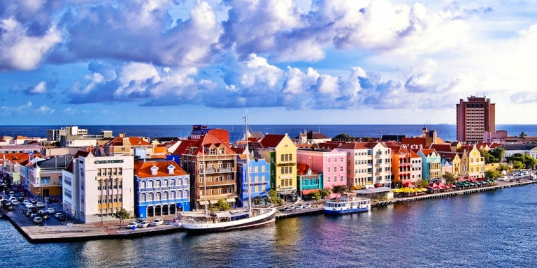 a-day-trip-from-aruba-to-curacao.jpg