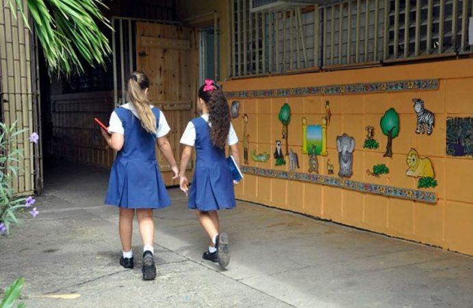 escuelas-e1468818695901.jpg