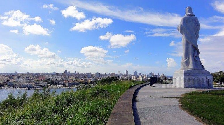 Havana+Cristo-Panoramio--Talavan.jpg