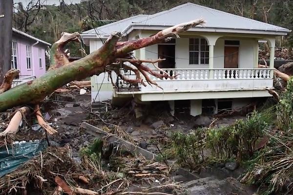 hurricane-maria-destruction-sep-22-dominica