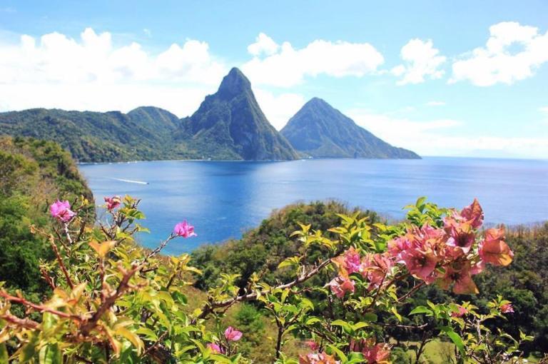 Jade-Mountain-St.-Lucia-@lluuaaana-copy.jpg