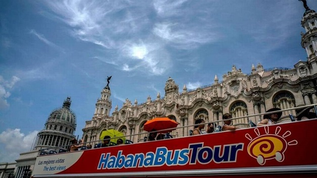 cuban_Travel_New_Rul_2_1_NSBVVG51_L331098142 (2)