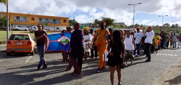 protest-march-St.-Eustatius-615x288.jpg