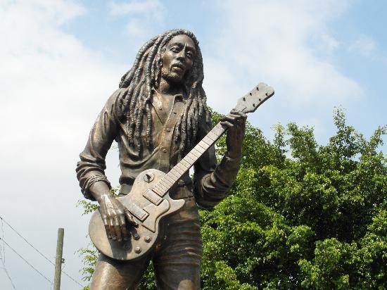 statue-bob-marley.jpg