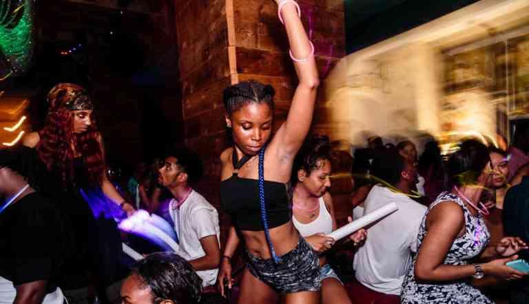 24-caribbean-carnival-rave-2018-07-20-bk01_s.jpg