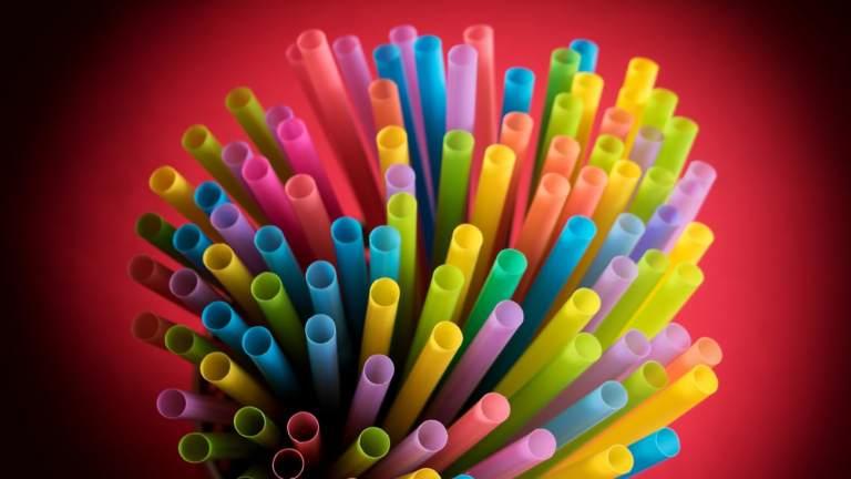http_%2F%2Fcdn.cnn.com%2Fcnnnext%2Fdam%2Fassets%2F171222140328-03-plastic-straws-stock.jpg