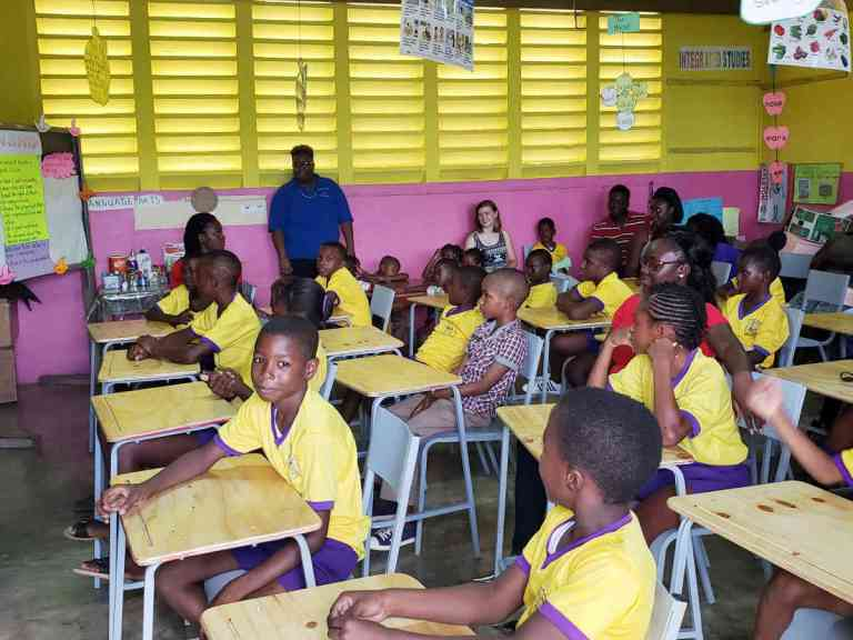 i-one-chair-for-one-child-jamaica-2018-08-31-cl01_z.jpg