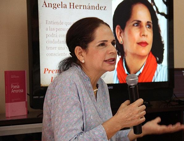 04-03-2016. Encuentro Escritora Angela Hernandez en BIJRD. Angel Gonzalez.