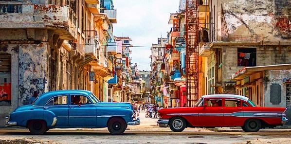 cuba-vintage-cars-crop
